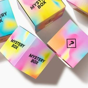 Clothes mystery box